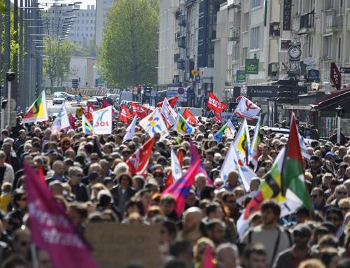 Pour la défense des libertés publiques et individuelle, contre la répression et la criminalisation des mouvements sociaux